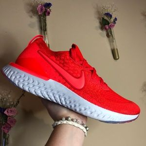Nike Epic React Flyknit 2 - Unisex NEW